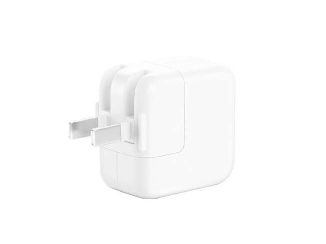 APPLE MJ262LL/A adapter